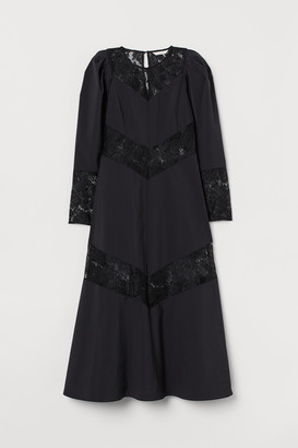 H&M Lace-trimmed dress