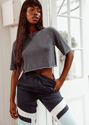 Lorna Jane Boxy Cropped Sweat