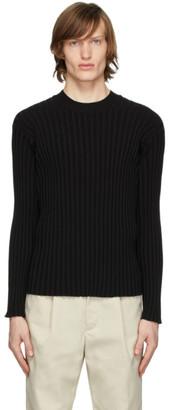 Deveaux Black Ribbed Crewneck Sweater