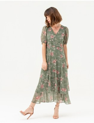 LIENA Short Sleeve Tiered Skirt Midi Dress in Green Floral