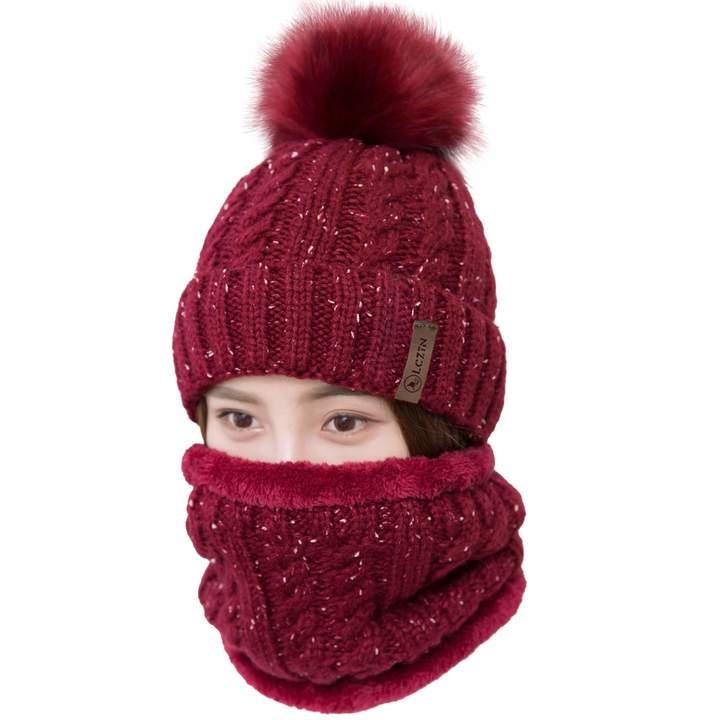 e233da9ec LCZTN Womens Pom Beanie Hat Scarf Set Girls Cute Winter Ski Hat with Fleece  Lined