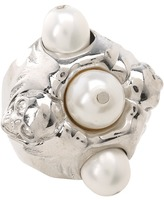 Alexander McQueen Skull Ring Pearl Wing (Silver/Grey) - Jewelry