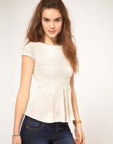 A Wear Lace Shell Top With Peplum