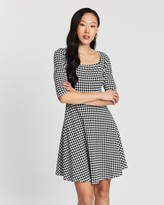 Dorothy Perkins Dogstooth 3/4 Square Neck Fit and Flare Dress