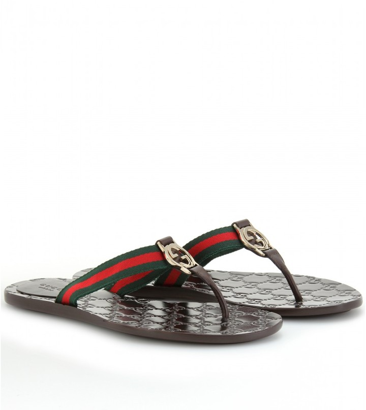 Gucci LOGO LEATHER THONG SANDALS