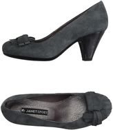 Janet Sport Pumps