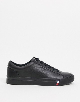 Tommy Hilfiger corporate logo leather trainers in black
