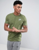 Nike T-Shirt With Swirl Print In Green 834699-387