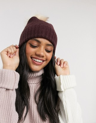 Pieces brown fur pom knitted hat