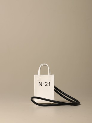 N°21 Nano Shopper Pouch N deg; 21 In Glossy Patent Leather With Logo