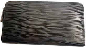 Louis Vuitton Zippy Black Leather Wallets