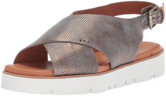 Gentle Souls by Kenneth Cole Women's Kiki Platform Slingback Sandal