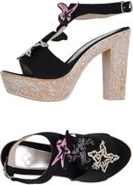 Parah Sandals