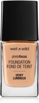 Wet n Wild Photo Focus Foundation Dewy 28Ml Classic Beige