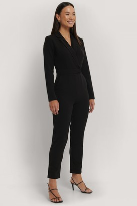 NA-KD Overlap Collared Long Sleeve Jumpsuit