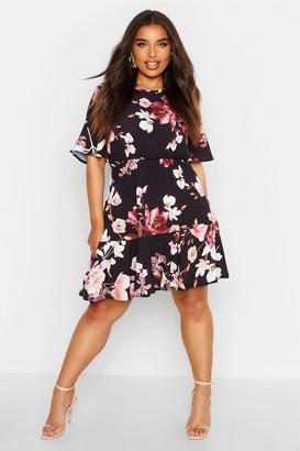 boohoo Plus Tiered Floral Crepe Smock Dress