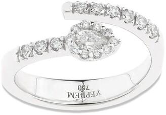 YEPREM 18kt White Gold Pear Diamond Ring