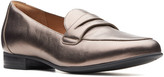 Clarks Women's Loafers Pebble - Pebble Metalic Un Blush Go Leather Loafer - Women