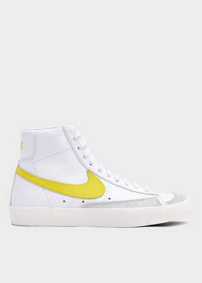 Nike Blazer Mid '77 Vintage in White/Opti Yellow
