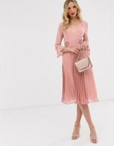 Asos Design DESIGN plunge neck lace insert pleated midi dress