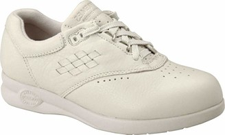 Softspots Women's 12385 06 Xw 100 Sneaker