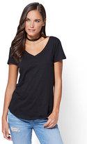 New York & Co. V-Neck T-Shirt