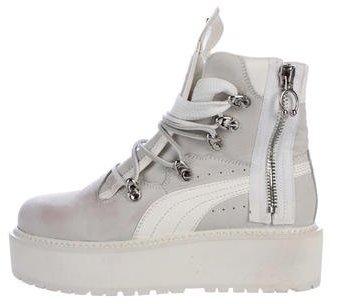 buy online 450bd 96be7 Puma x Fenty SB White Rihanna Boots