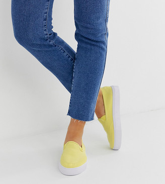 Dexter Asos Design ASOS DESIGN Wide Fit slip on plimsolls in sherbet lemon-Yellow