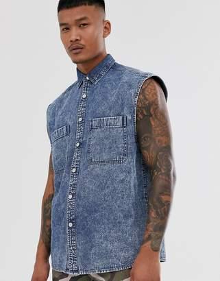 Asos Design DESIGN oversized sleeveless denim shirt in acid wash-Blue