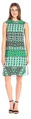 Amy Byer Women's Contemporary Audrey Dress V-Back Collar Shift with Bold Graphic Print