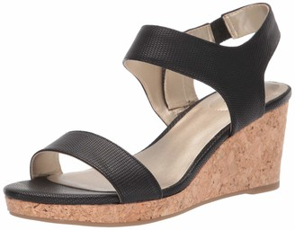 Bandolino Footwear Women's Tessa Wedge Sandal