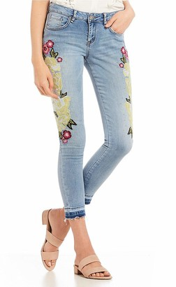 William Rast Womens Blue Embroidered Skinny Jeans Juniors US Size: 28 Waist