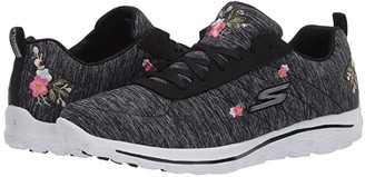 Skechers GO GOLF Go Walk Sport - Bloom (Black/White) Women's Shoes