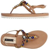 Cuplé Toe strap sandals