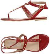 Eye Toe strap sandals