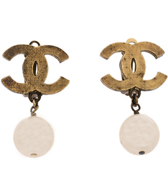 Chanel CC Faux Pearl Textured Gold Tone Drop Earrings