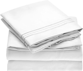 Mellanni Bed Sheet Set - Brushed Microfiber 1800 Bedding - Wrinkle, Fade, Stain Resistant - Hypoallergenic - 4 Piece (Cal King, White)