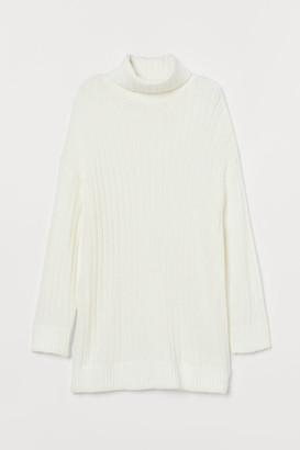 H&M Oversized Turtleneck Sweater - White