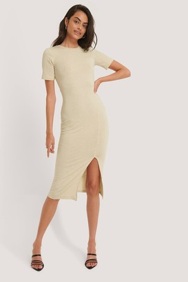 NA-KD Short Sleeve Slit Dress