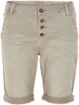 Cream Alba Short