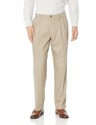 Dockers Relaxed Fit Signature Khaki Lux Cotton Stretch Pants - Pleated D4