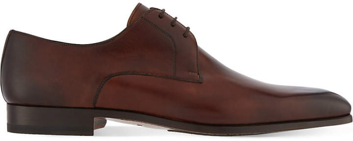 Magnanni Derby shoes