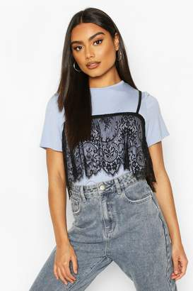 boohoo 2 In 1 T-Shirt & Removable Lace Cami