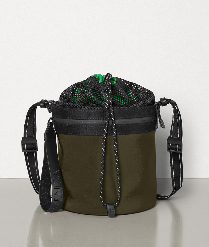 Bottega Veneta BUCKET MESSENGER IN PAPER TOUCH NYLON