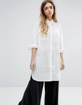 NATIVE YOUTH Drop Hem Beach Shirt