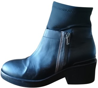 Vic Matié Anthracite Leather Ankle boots