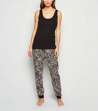 New Look Leopard Print Pyjama Set