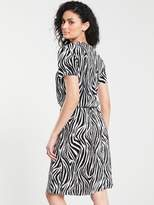 Very Animal Print Plisse Midi Dress Monochrome