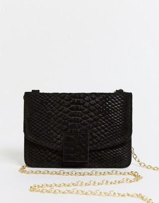 Urban Code Urbancode small leather cross body purse bag in black