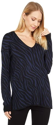 Lilla P Animal Print V-Neck Sweater (Black/Navy) Women's Clothing